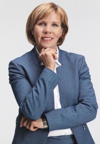 Kuvassa RKP:n puheenjohtaja Anna-Maja Henriksson