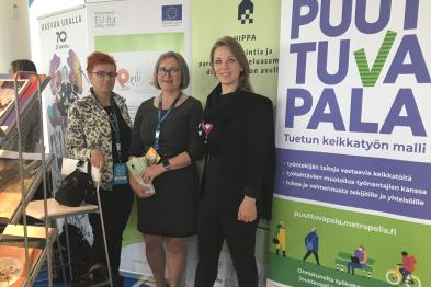 Kuvassa projektipäälliköt Ulla Vehkaperä, Toini Harra ja Kaisa Puuronen.